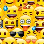 Emoji Yellow - Behang Rol - 10 meter / 53 cm breed - Geel