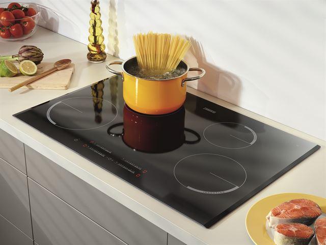 Keramische Kookplaat Aanraakbediening : Zanussi zei8740bba specificaties kieskeurig.be