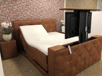 Suitebeds Boxspring Amsterdam 180x200 Elektrische Verstelbaar Met Tv Lift Bed Kopen Kieskeurig Nl Helpt Je Kiezen