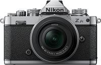 Nikon Z fc + DX 16-50mm f/3.5-6.3 VR Zilver